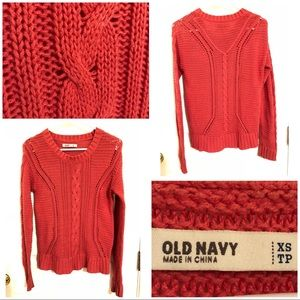 Old Navy classic cable knit sweater